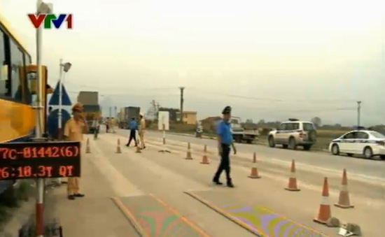 Phú Thọ tước giấy phép hơn 1.200 lái xe vi phạm tải trọng