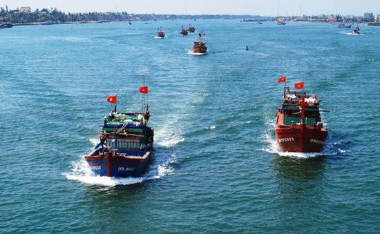 Ngư dân Đồng Hới ra khơi bám biển, khẳng định chủ quyền biển đảo Tổ quốc