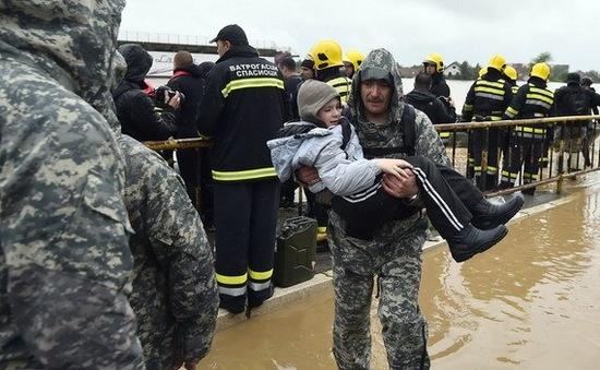 Lũ lụt nghiêm trọng nhất 100 năm qua hoành hành tại vùng Balkan