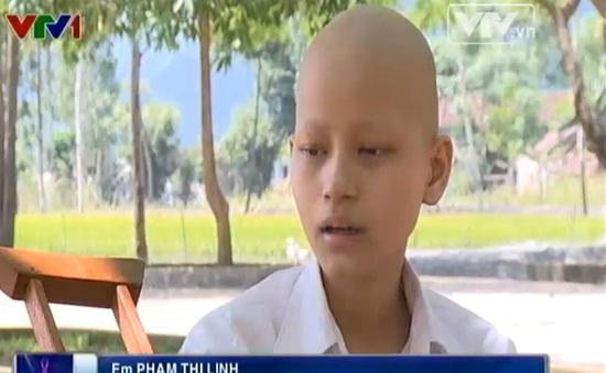 Cô bé ung thư xương với ước mơ trở thành cô giáo