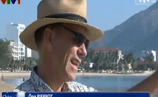 """""""Mr Rác""""- người đàn ông nước ngoài nhặt rác ở biển Việt Nam"""