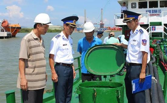 Vùng Cảnh sát biển 3 bắt giữ tàu chở 350.000 lít dầu DO không rõ nguồn gốc