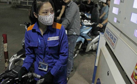 Petrolimex chính thức giảm giá dầu diesel, dầu hỏa