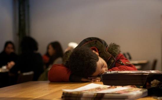 5 dấu hiệu chứng tỏ con bạn đang chán học