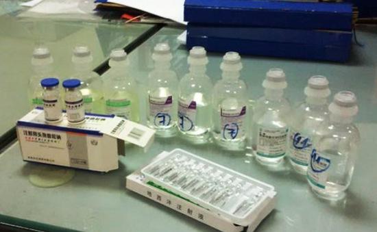 Bắt giữ số lượng lớn thuốc kháng sinh, thiết bị y tế nhập lậu