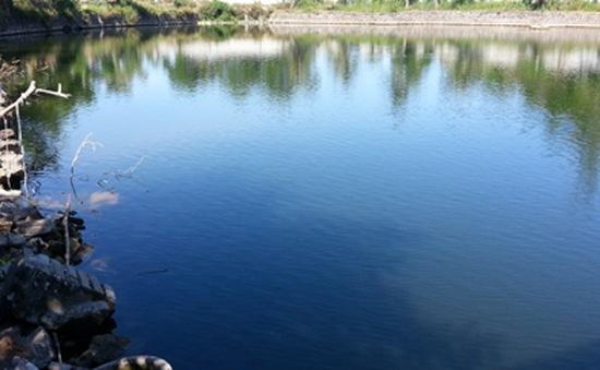 3 nam sinh chết đuối dưới hồ nhà chùa