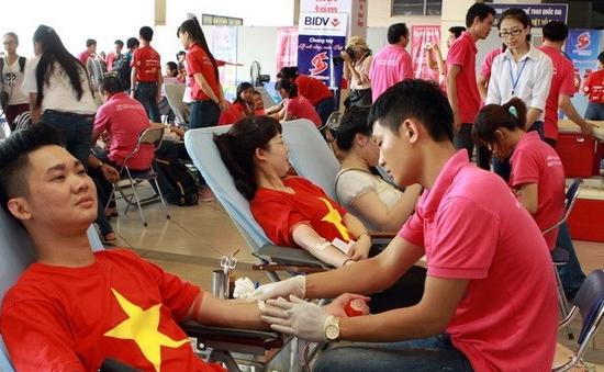 Hành trình Đỏ năm 2014: Tiếp nhận gần 48.000 đơn vị máu