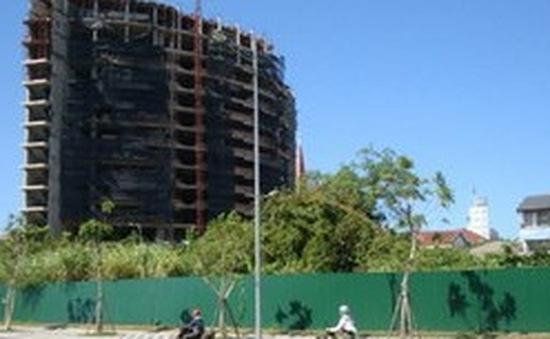 """Nhiều khu đất """"vàng"""" tại TP Huế bị bỏ hoang"""
