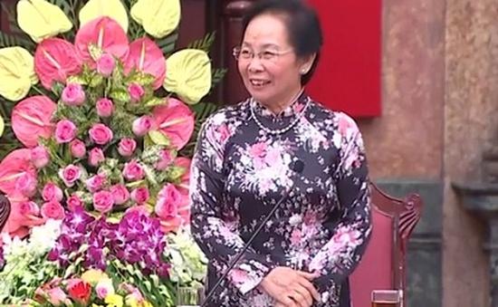 Phó Chủ tịch nước Nguyễn Thị Doan tiếp Đoàn người có công tỉnh Vĩnh Long