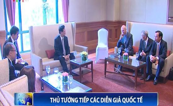 Thủ tướng tiếp các diễn giả quốc tế