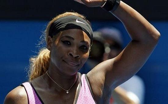 Australian Open: Serena Williams mất ngủ vẫn có tên ở vòng 3