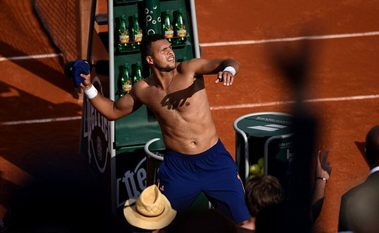 Roland Garros: Tsonga mong hạ Federer thêm lần nữa