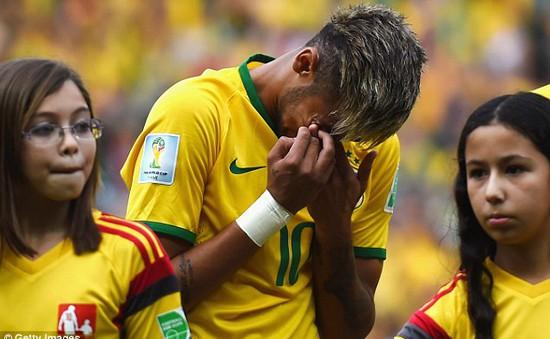 Neymar khóc như trẻ con trong trận đấu thứ 50 khoác áo ĐTQG