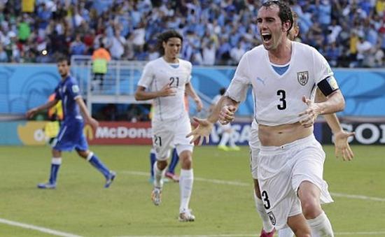 Italy 0-1 Uruguay: Godin loại Azzurri khỏi World Cup 2014