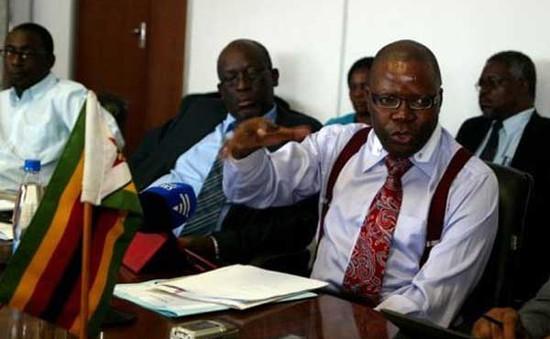 Zimbabwe chỉ còn... 217 USD trong ngân sách