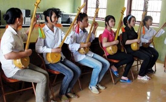 Lạng Sơn: Đưa hát Then vào trường học
