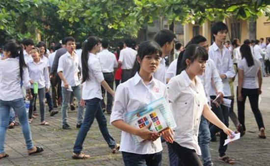 Ngày thi thứ 2: Cả nước có 305 thí sinh bỏ thi