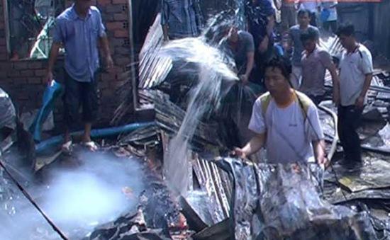76 căn nhà ở An Giang bị thiêu rụi