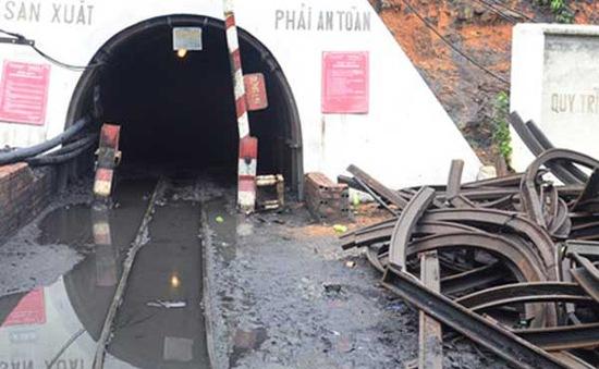 Quảng Ninh: Ngạt khí lò than, 3 người thiệt mạng