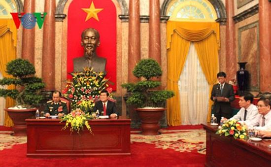 Chủ tịch nước gặp mặt các điển hình tiên tiến toàn quân