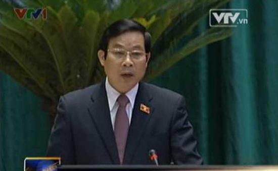 Bộ trưởng Thông tin và Truyền thông đăng đàn Quốc hội