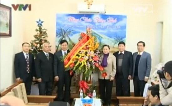 Đồng chí Hà Thị Khiết thăm Tòa Tổng Giám mục và Hội Thánh Tin lành