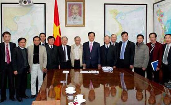 Thủ tướng làm việc với nhóm chuyên gia kinh tế