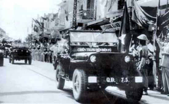 60 năm ngày giải phóng: Kỷ niệm đặc biệt của những người con Hà Nội