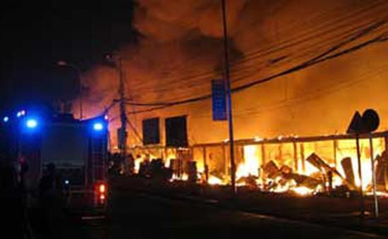 Cháy chợ trung tâm Thủ đô Vientiane - Lào