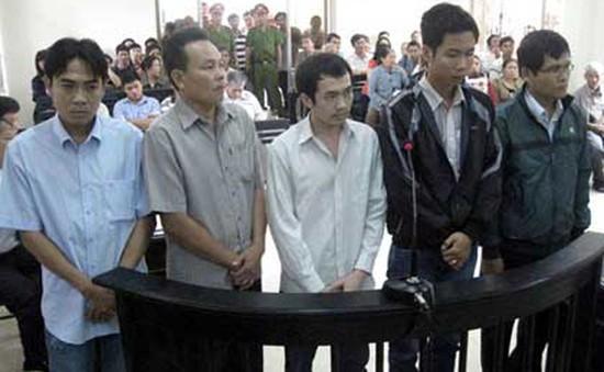 """Vụ """"công an dùng nhục hình"""": Viện KSND và TAND Tối cao làm việc tại Phú Yên"""