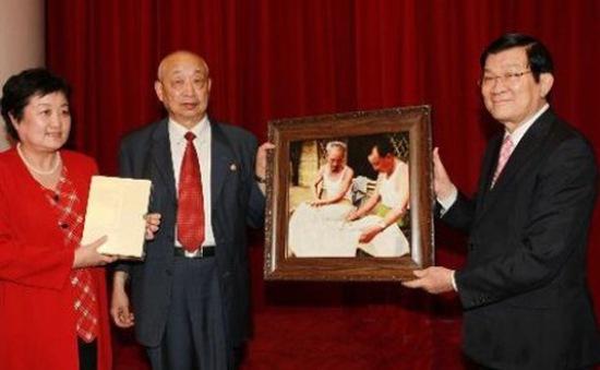 Chủ tịch nước Trương Tấn Sang tiếp những người bạn Trung Quốc