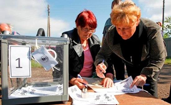 Ukraine: 90% người dân Donestk ủng hộ quy chế độc lập