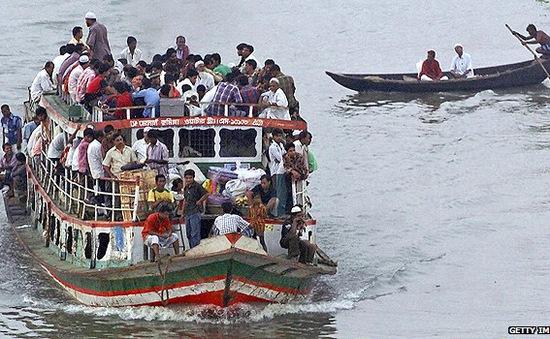 Bangladesh: Lật phà chở 200 hành khách