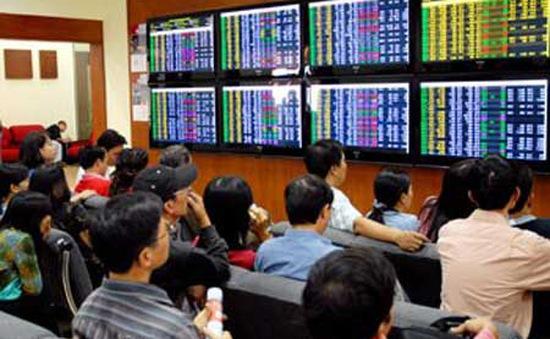 20/5: Thị trường chứng khoán sôi động phiên chiều