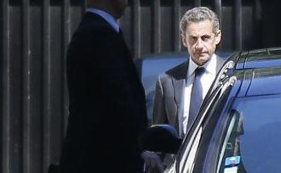 Cựu Tổng thống Sarkozy chính thức bị truy tố