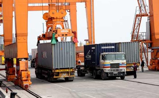 Bộ trưởng Đinh La Thăng nhận lỗi trước các doanh nghiệp vận tải