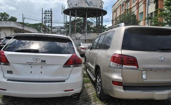 Tồn đọng hơn 40 xe ô tô Việt kiều ở cảng VICT