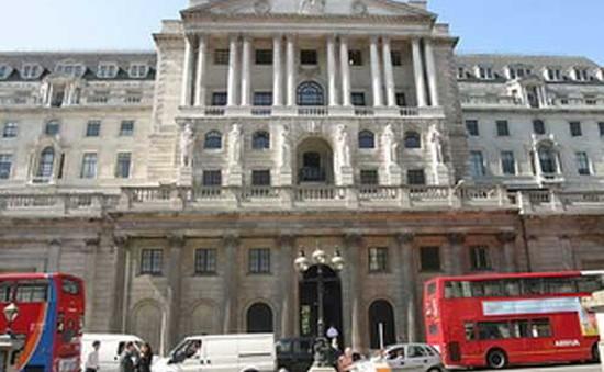 Ngân hàng Trung ương Anh giữ nguyên lãi suất thấp kỷ lục