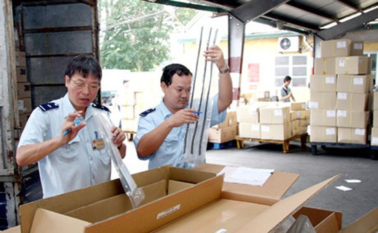 3 nhóm DN sẽ bị kiểm tra thực tế 100% hàng xuất khẩu