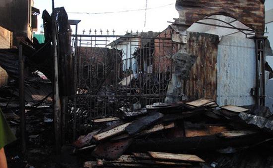 Đăk Lăk: Hỏa hoạn thiêu rụi hai xưởng gỗ giữa khu dân cư