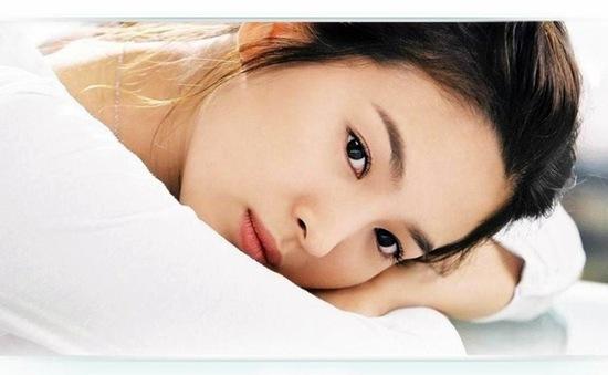 Song Hye Kyo âm thầm làm từ thiện