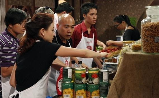 """""""Vua đầu bếp Việt"""" tiếp tục chọn bánh ngọt làm thử thách"""