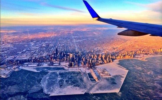 Chicago chìm trong băng giá