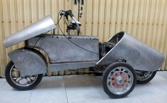 Xe điện 4 bánh tự chế ở Việt Nam