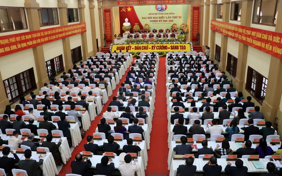 Nhiều địa phương khai mạc Đại hội Đảng bộ