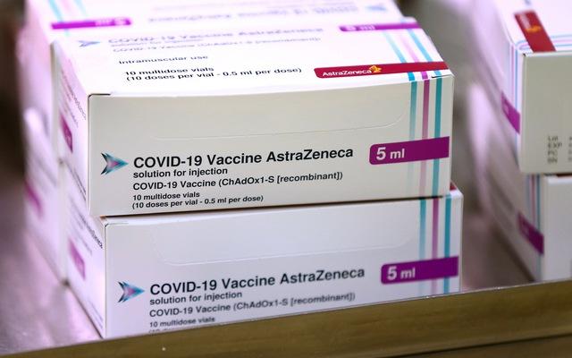 Đức xem xét thay đổi khuyến nghị về vaccine AstraZeneca