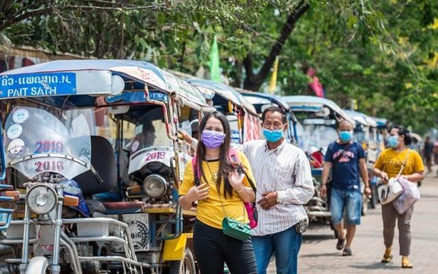 Lào bắt buộc người nước ngoài nhập cảnh phải mua bảo hiểm COVID-19
