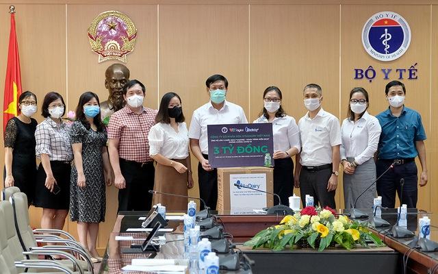 Bộ Y tế tiếp nhận hỗ trợ 3 triệu bơm kim tiêm vaccine COVID-19