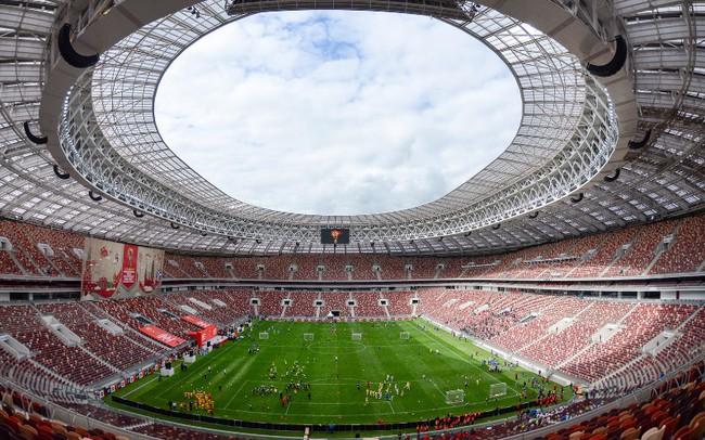 Phóng viên Thể Thao VTV tác nghiệp tại World Cup 2018: Sân Luzhniki tích cực chuẩn bị cho ngày khai mạc World Cup 2018