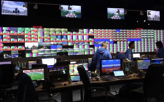 Phóng viên Thể Thao VTV tác nghiệp tại World Cup 2018: Khám phá trung tâm truyền hình quốc tế IBC tại World Cup